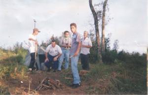 Vigília ufológica em Ipiranga em 14 de março de 1999. Professores Danilo e Roberto Meira Pinto.